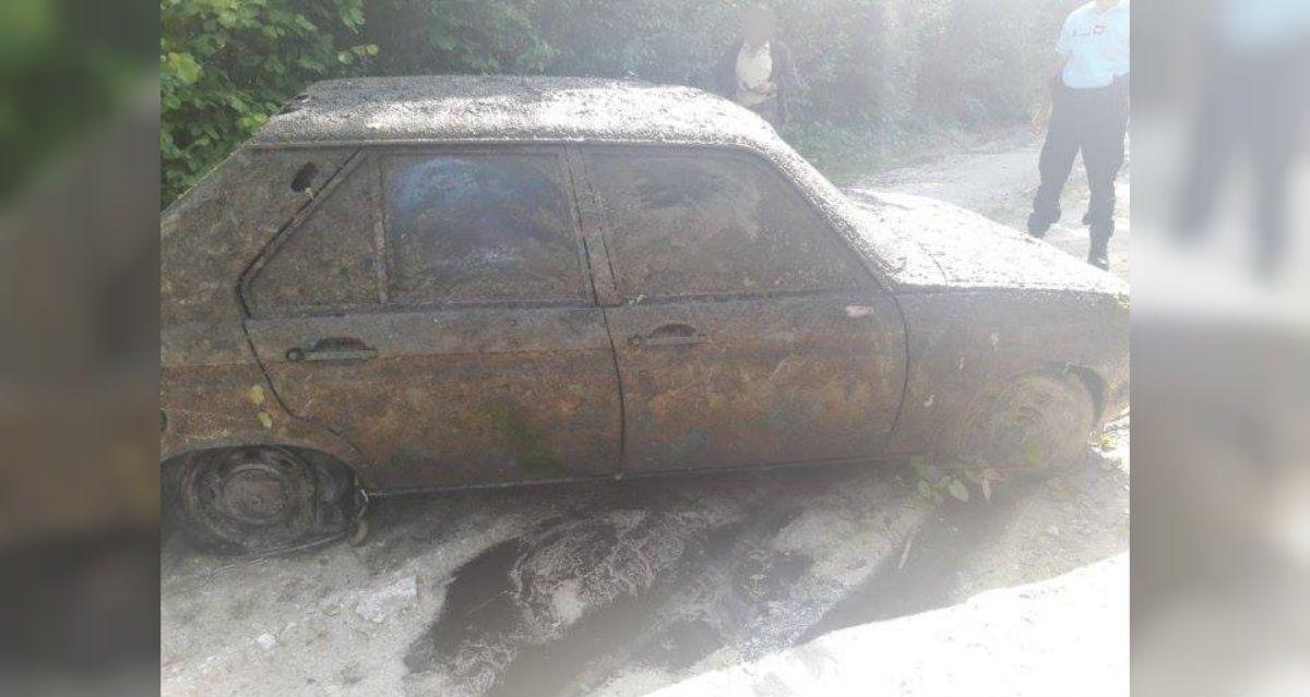 Afortunadamente nadie estaba adentro del Peugeot 104
