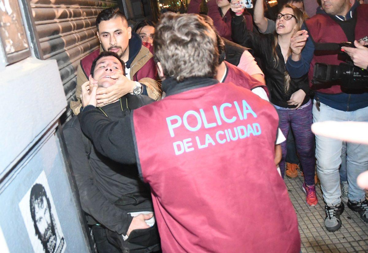 Revelan quiénes son los 22 procesados por los incidentes en la marcha de Maldonado