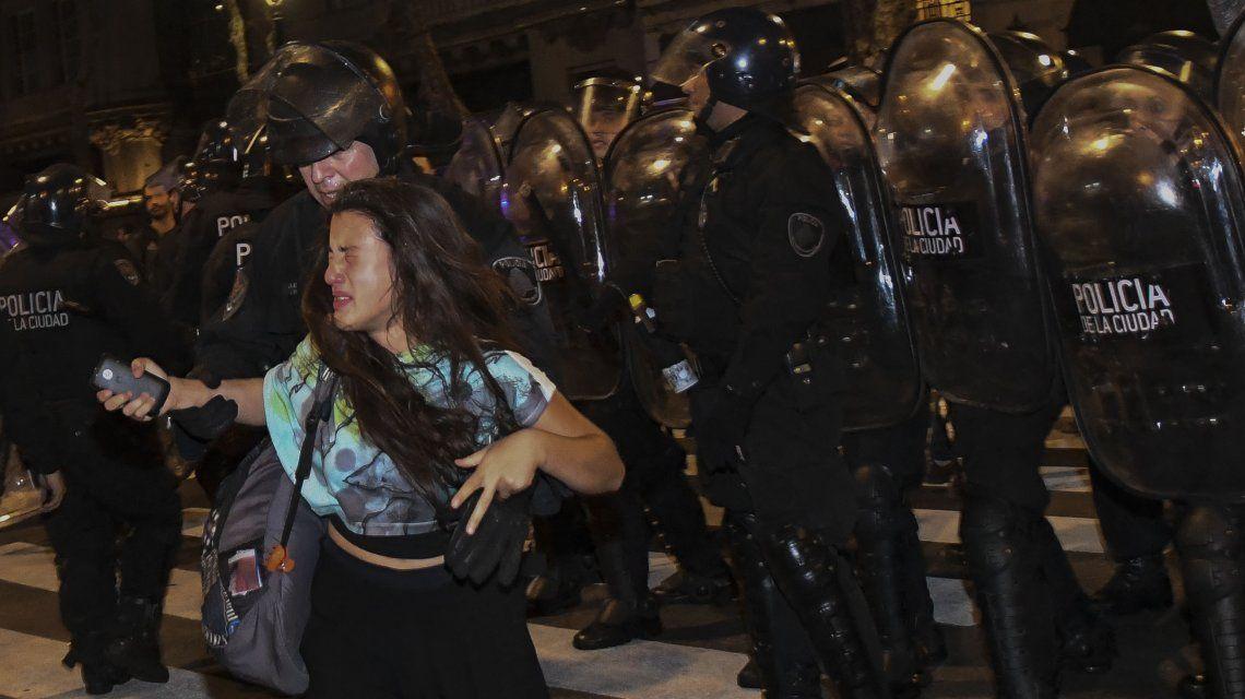 policía mujeres escort en santiago