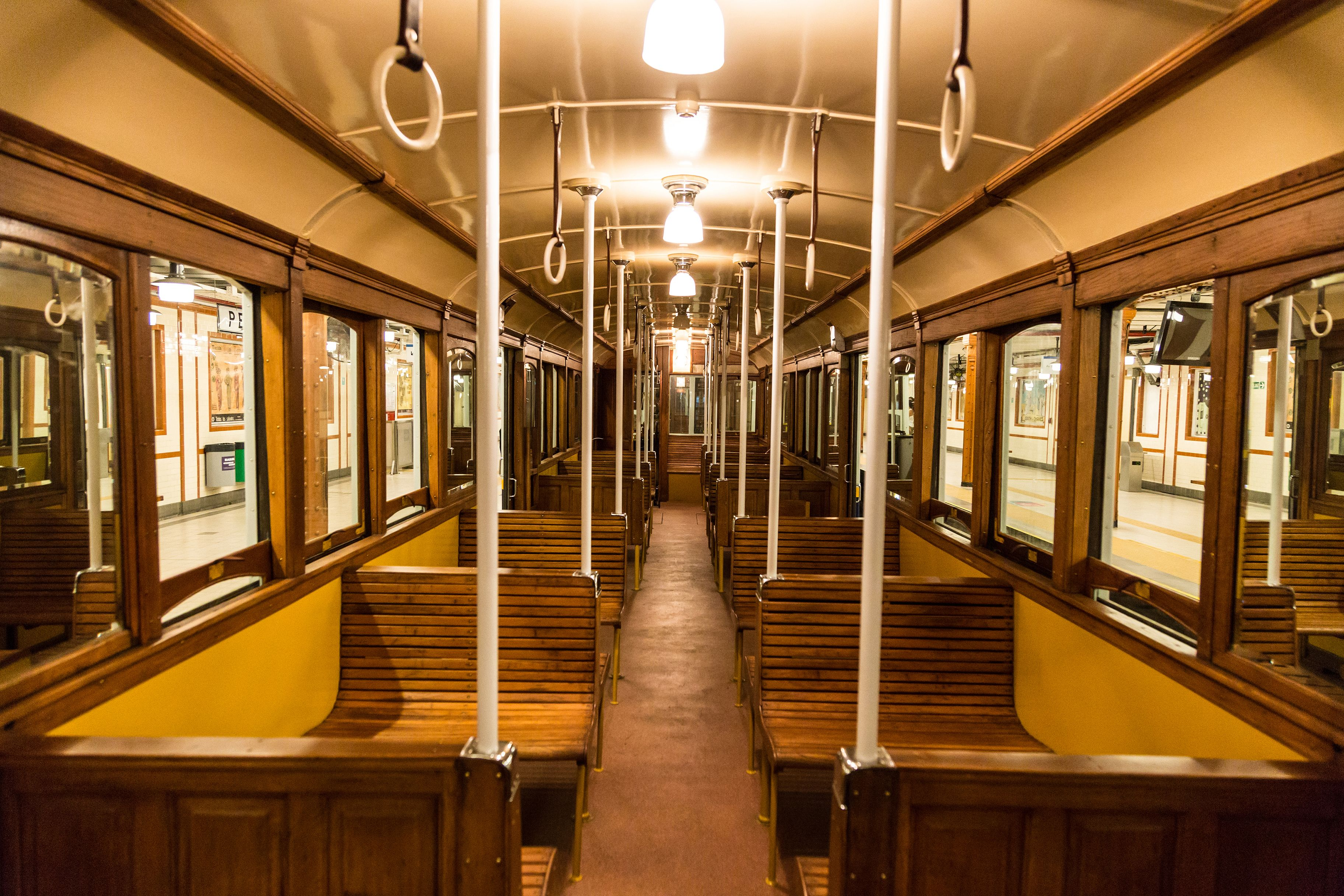 Los antiguos vagones de la línea A del Subte vuelven para los nostálgicos