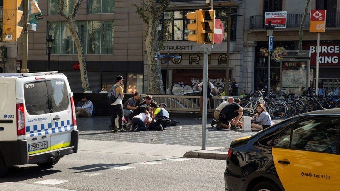 Regresó al país la argentina herida en el atentado de Barcelona