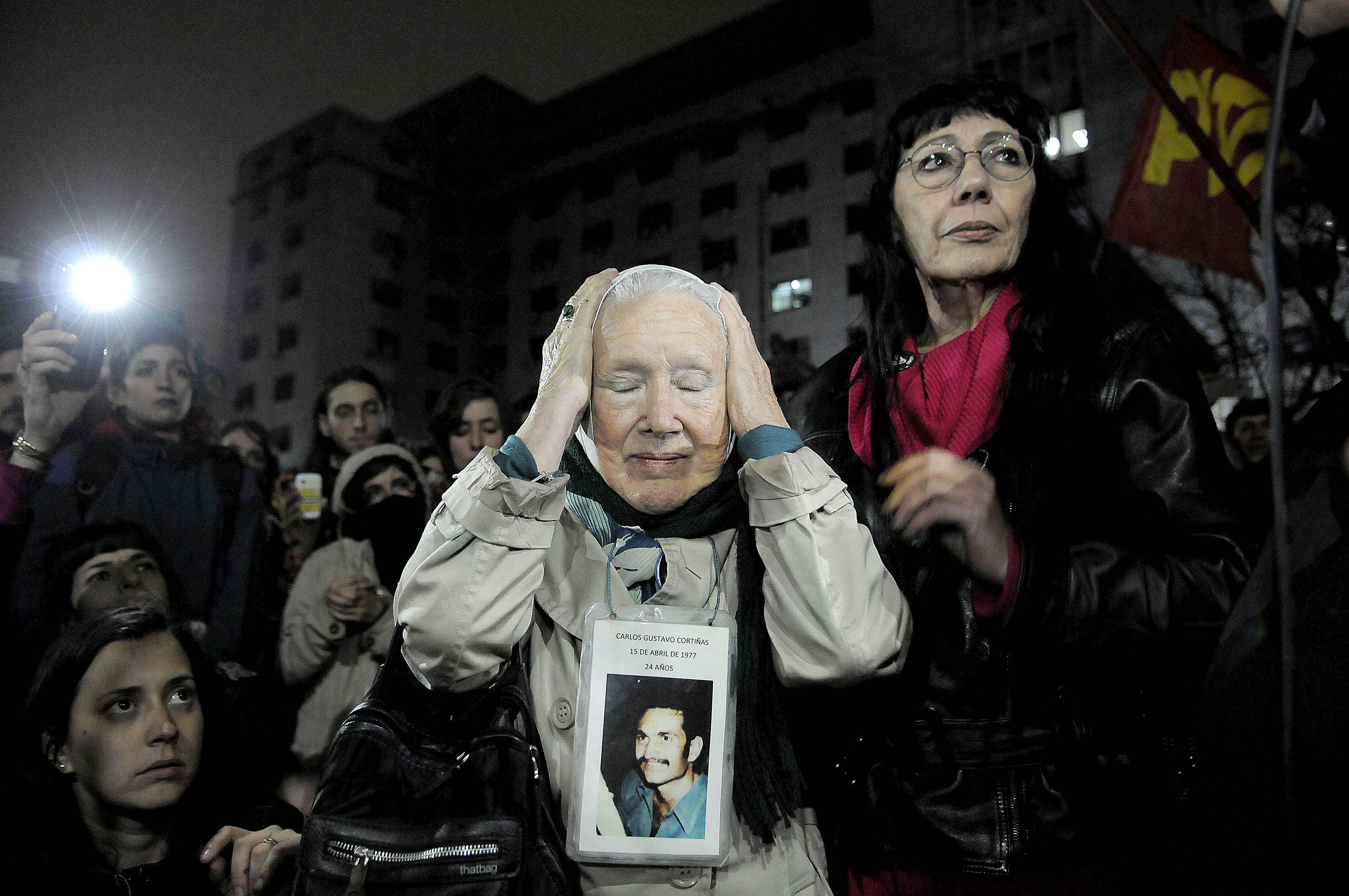 Nora Cortiñas frente a Comodoro Py