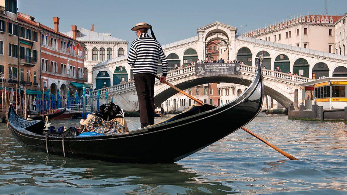 Gondolieri en Venecia