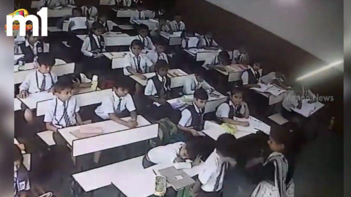 La maestra tomaba lista