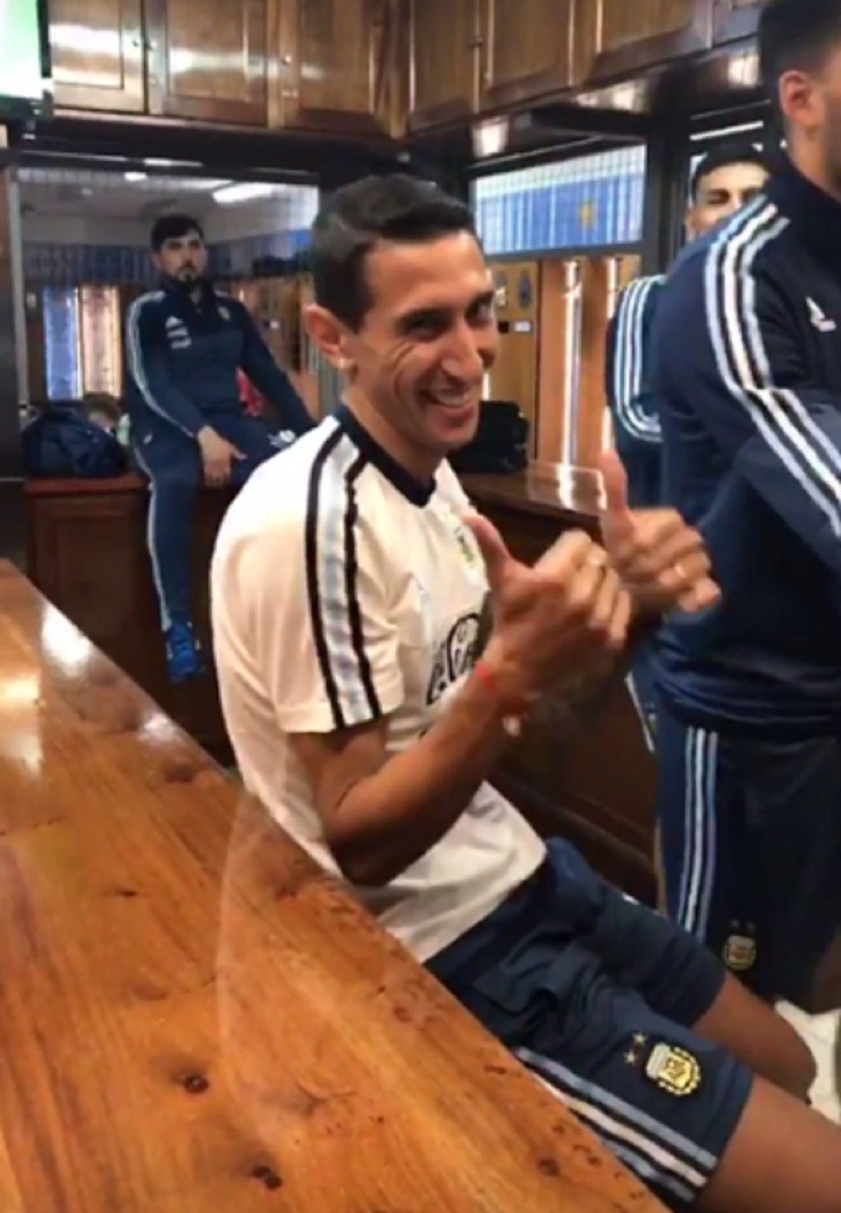 Acá la emboca: Ángel Di María probó con otro deporte y le fue muy bien