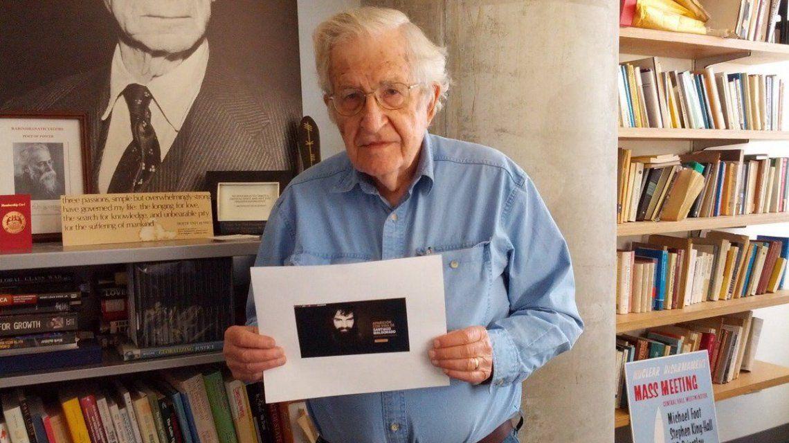 Noam Chomsky pidió por Santiago Maldonado