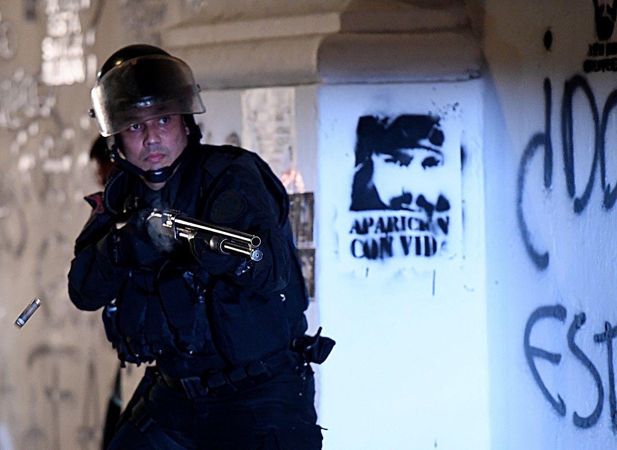 Represión en Plaza de Mayo: citan a declarar a los policías implicados