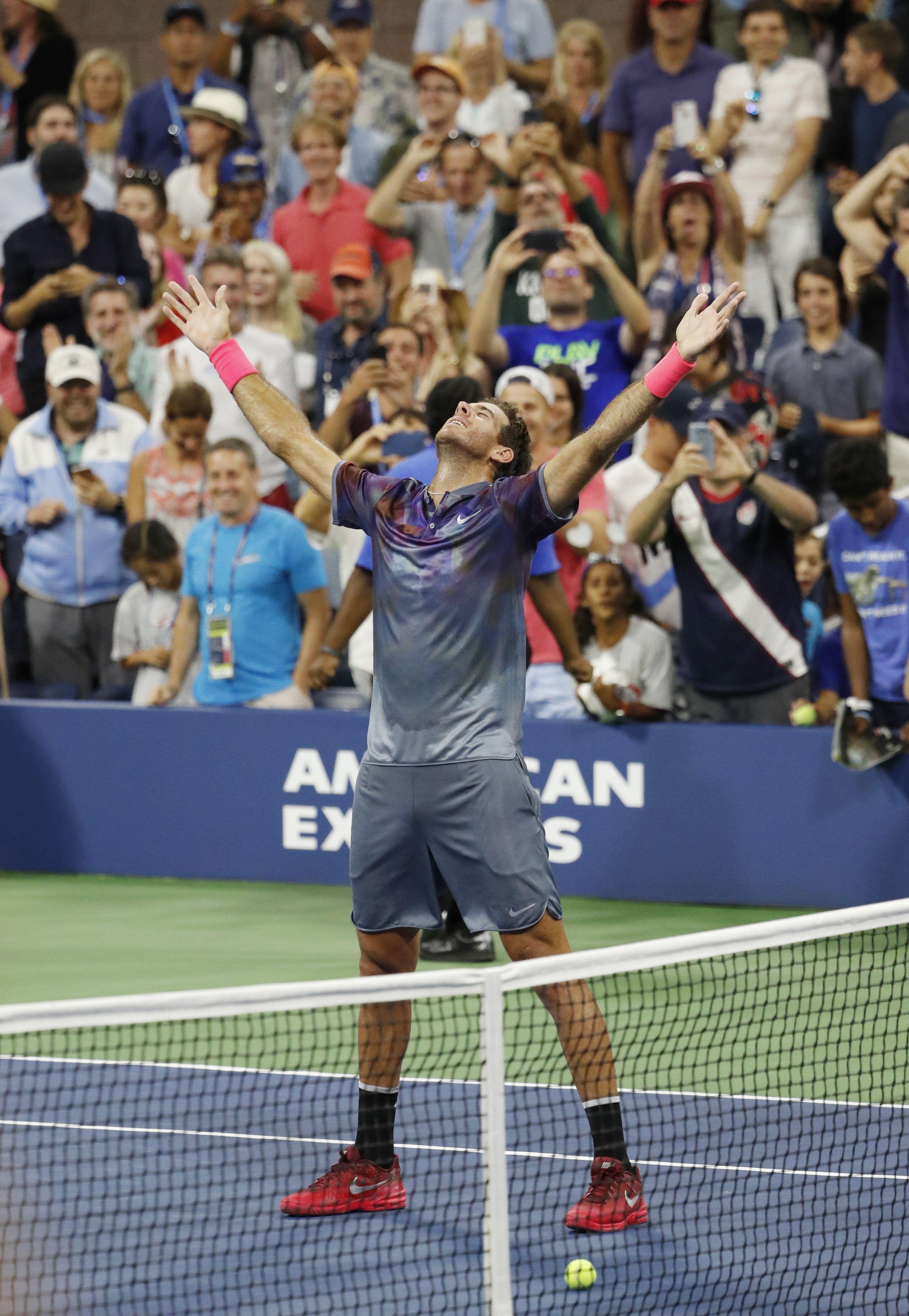 El divertido video con el que Roger Federer se rindió a los pies de Del Potro
