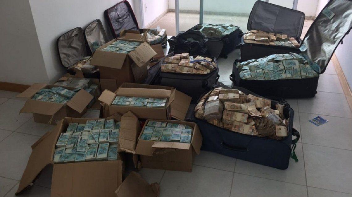Encontraron valijas repletas de billetes en la casa de un ex ministro de Temer