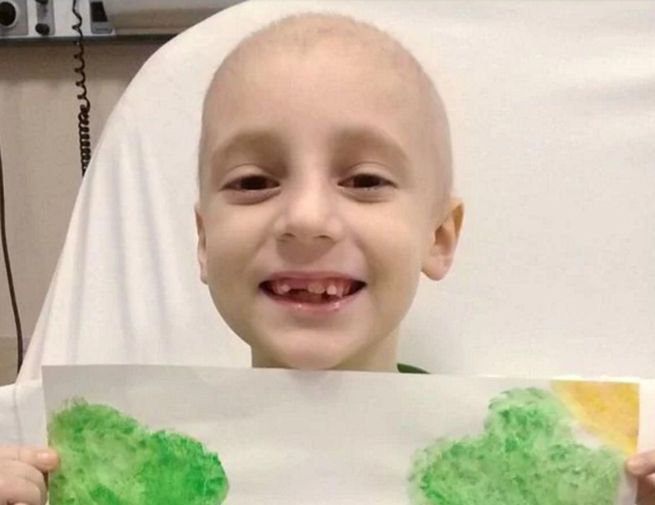 Tiene 7 años  y padece leucemia: buscan donantes de médula para salvarlo