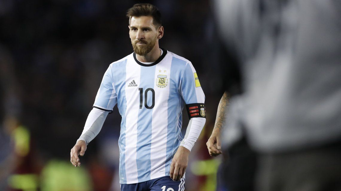 Un relator explota de bronca por el empate de Argentina ante Venezuela