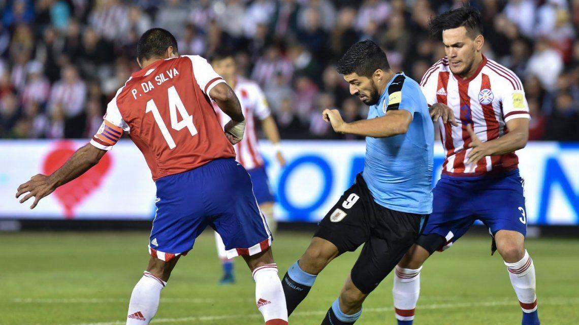 Uruguay le ganó a Paraguay y le dio algo de tranquilidad a Argentina