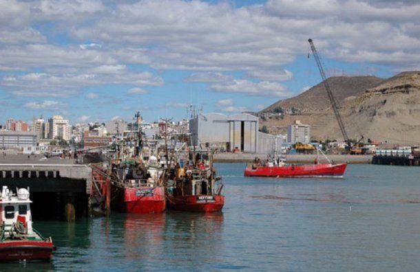 La mujer denunció haber sido abusada sexualmente cuando navegaba por costas chubutenses