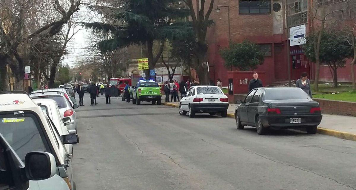 Amenazas de bomba en los colegios, la epidemia que invadió Quilmes