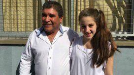 Enrique, con la adolescente que recibió el corazón de su hija hace 13 años