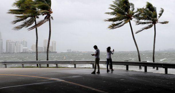 El huracán Irma y su inminente llegada a Miami<br>