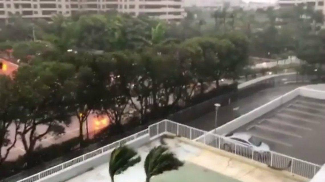 Irma ya se siente en las calles de Key West