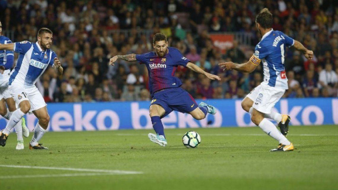 Los hinchas del Barcelona, indignados con una foto de Messi