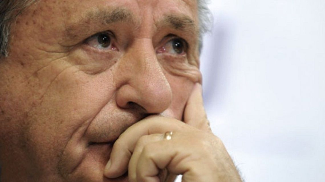 Eduardo Duhalde dijo que el país vive una situación similar a la de 2001