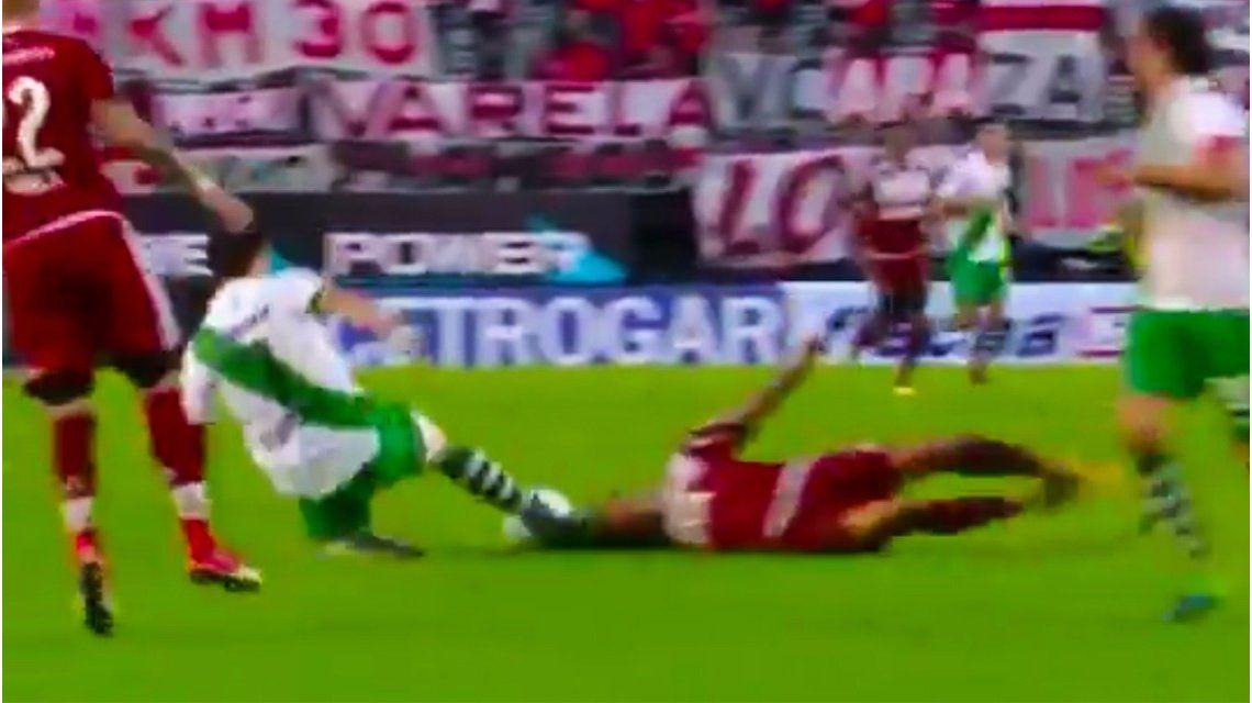VIDEO: ¿Está loco? Enzo Pérez se tiró a trabar con la cabeza