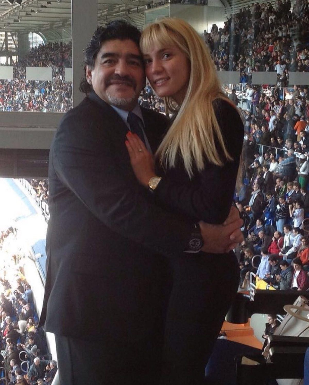 Diego Maradona con Rocío Oliva en Instagram