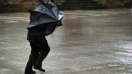Rige un alerta meteorológico por tormentas, ráfagas y granizo en la Ciudad