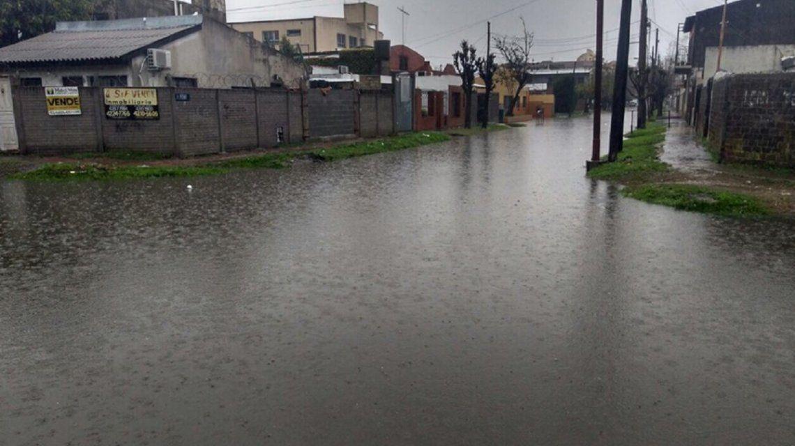 Quilmes quedó bajo el agua por el temporal
