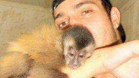 Ignacio y su mono Martín, en tiempos felices