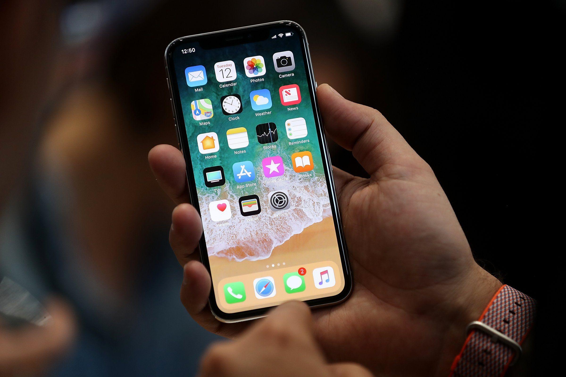 Llega el iPhone X al país