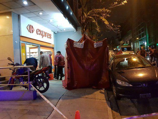Policía de la Ciudad montó un domo en el lugar para que Gendarmería perite<br>