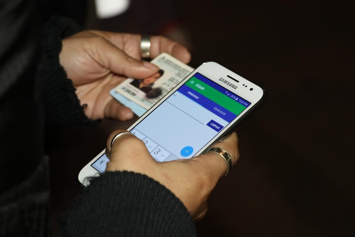 Una app para agentes que permite saber si ciudadanos tienen pedido de captura