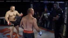 Un peleador de MMA le pegó al árbitro