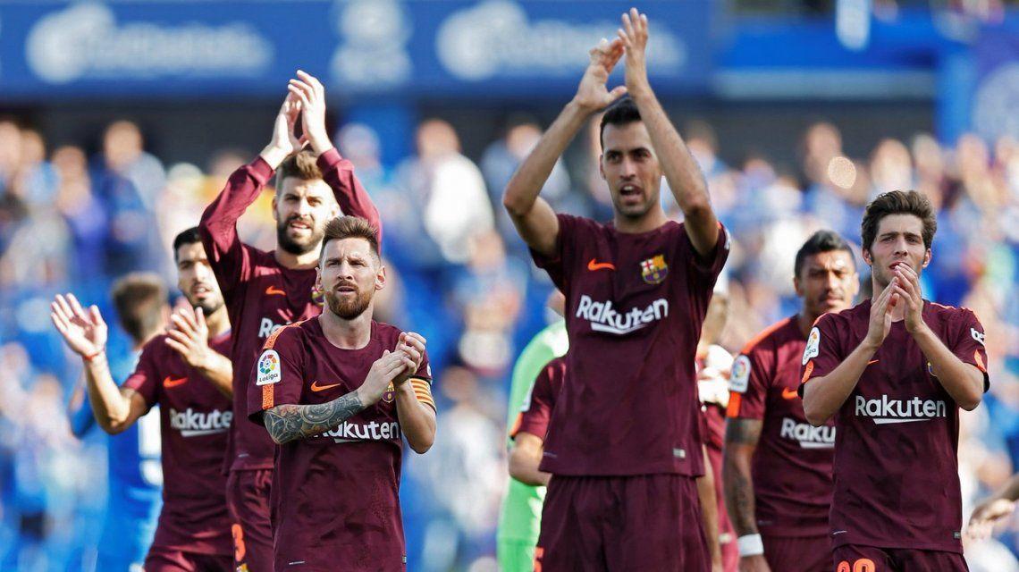 Barcelona remontó un duro partido con el Getafe y es líder