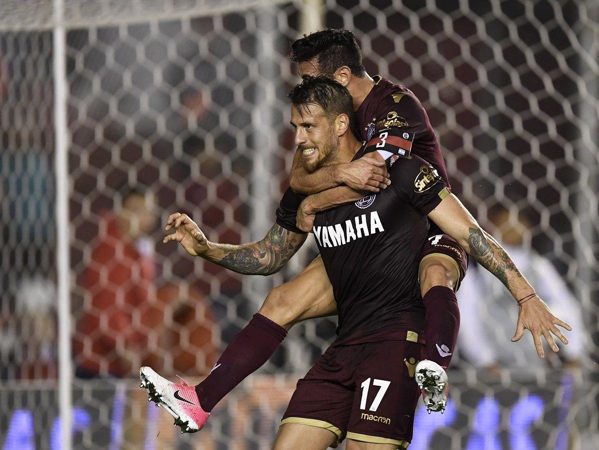 Las versión alternativa de Independiente cayó ante un Lanús muleto