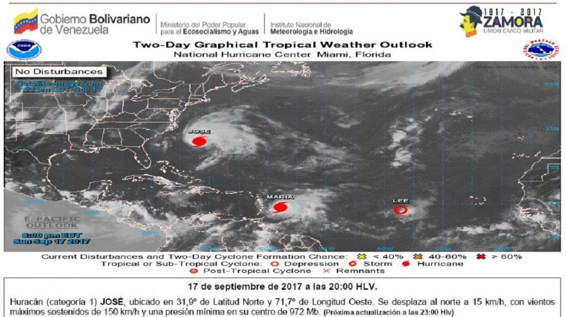 El huracán Lee también merodea la zona pero sin riesgos