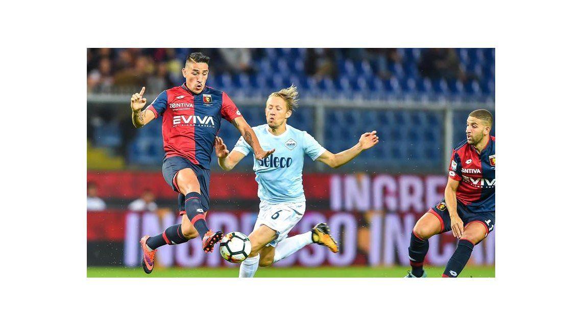Centurión debutó como titular en Genoa: duró 32 minutos y fue reemplazado