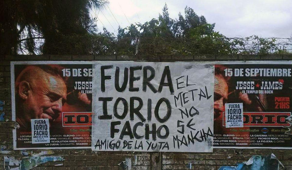 Los metaleros escracharon a Ricardo Iorio por sus comentarios fascistas