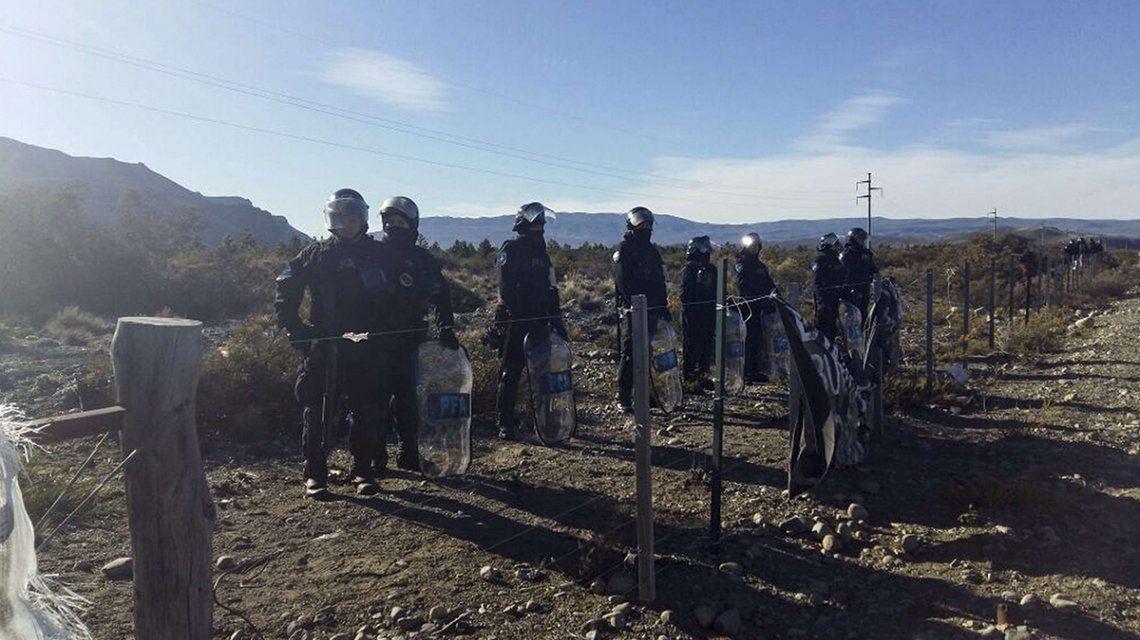 Celulares y dos mochilas: los interrogantes que dejó el allanamiento en la comunidad mapuche