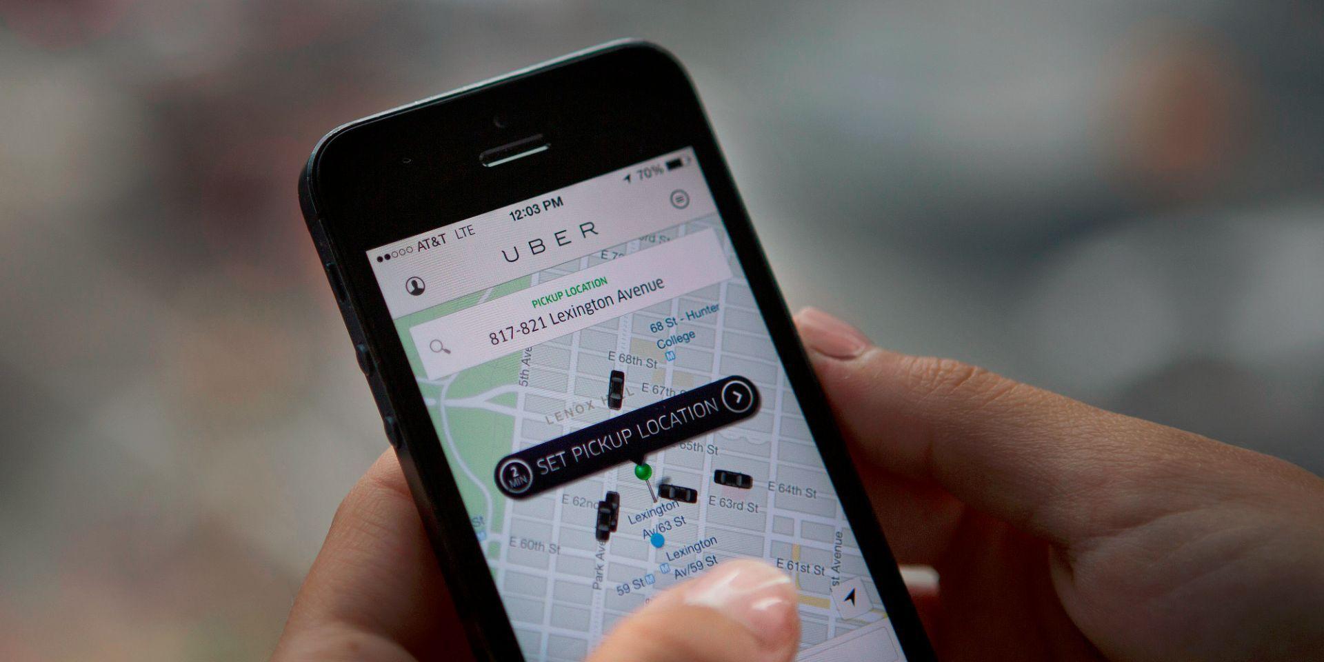Uber publica un mensaje sexista instando a dejar a las mujeres salir de la cocina por un día