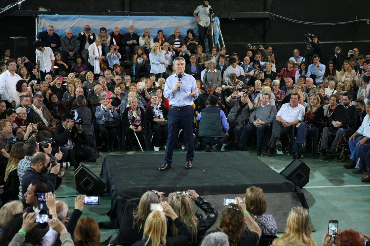 Macri en el acto con poca gente