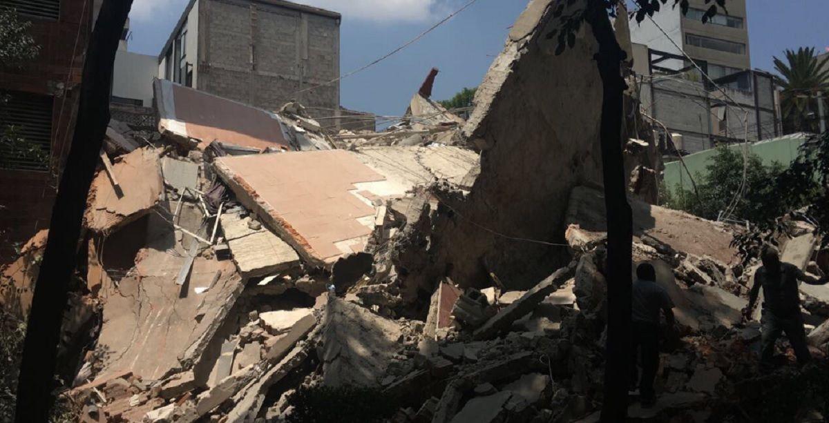 Un terremoto de 7,1 grados provocó derrumbes en ciudad de México