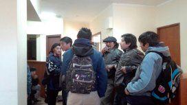 Tensión en el juzgado de Esquel por una toma mapuche