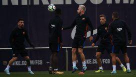 La emocionante historia de amor de un compañero de Messi en Barcelona