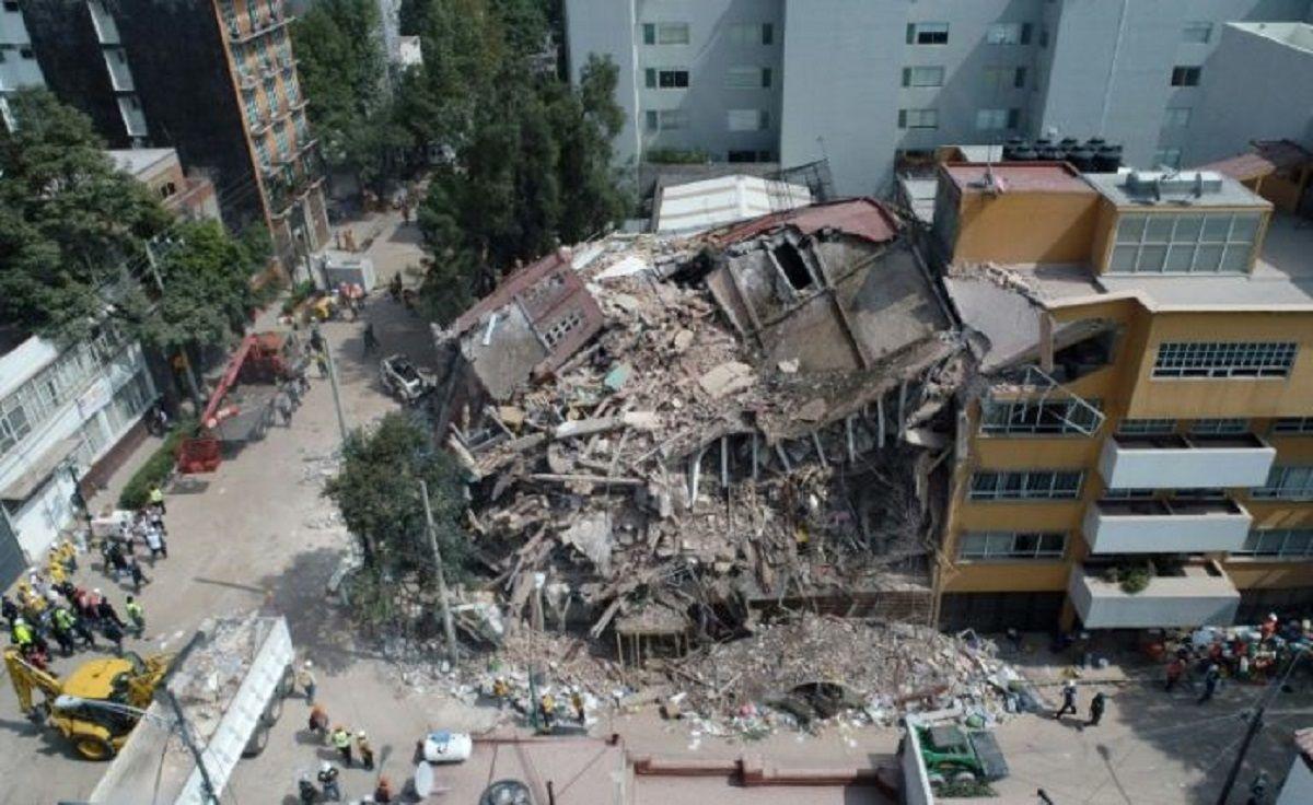 México: comparan el caso Frida Sofía con Monchito, el  niño fantasma sepultado en el  terremoto de 1985