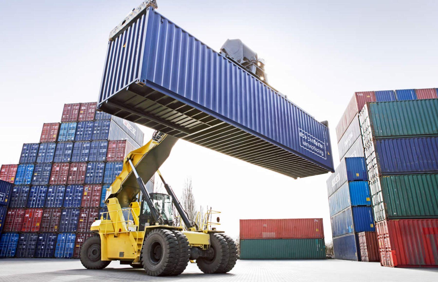 Crecen las importaciones y caen las exportaciones