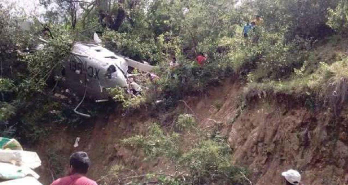 Este es el helicóptero que se cayó en el que se llevaban víveres para los damnificados