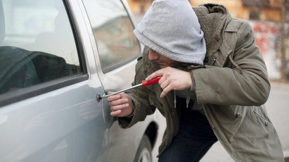 Cifra alarmante: se roban 150 autos por día en el Conurbano
