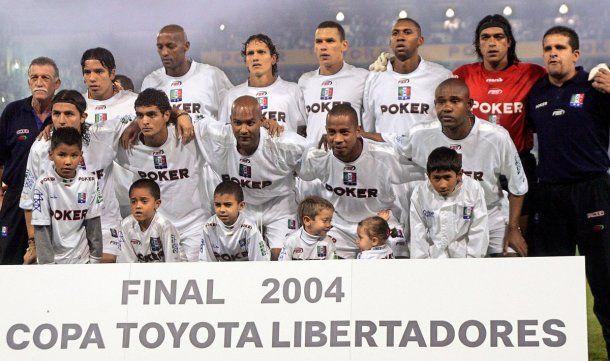 Once Caldas campeón de la Libertadores 2004<br>