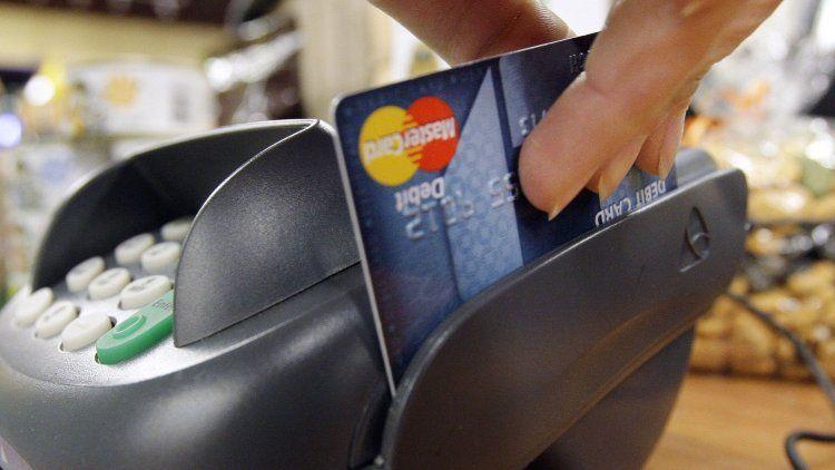 Subieron hasta un 60% las comisiones de las tarjetas de crédito