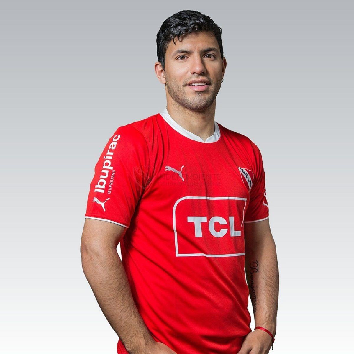 Sergio Kun Agüero con la camiseta de Independiente